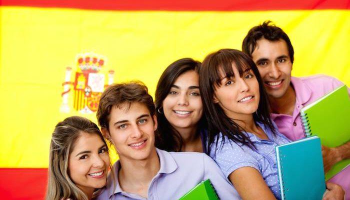 Grado Superior en España
