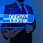 Multa por no llevar el carnet de conducir